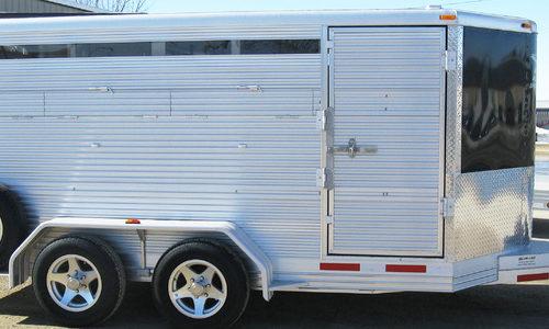 alum-line-livestocktrailers